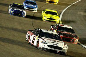 Brad Keselowski, Team Penske, Ford Fusion Discount Tire e Austin Dillon, Richard Childress Racing, Chevrolet Camaro Dow UCON