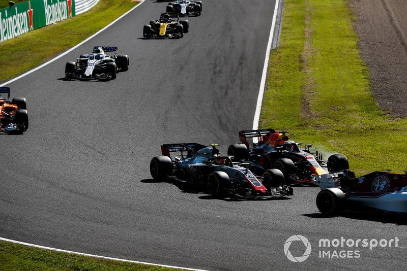 Kevin Magnussen, Haas F1 Team VF-18, Daniel Ricciardo, Red Bull Racing RB14, Fernando Alonso, McLaren MCL33, y Lance Stroll, Williams FW41