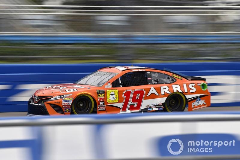 18. Daniel Suarez, Joe Gibbs Racing, Toyota Camry ARRIS