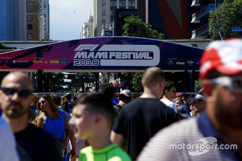 Fans en F1 Miami Festival