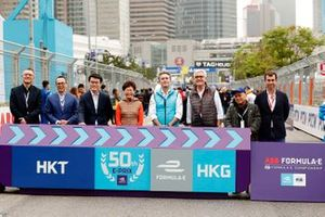 Alejandro Agag, CEO, Formula E, with Ulrich Spiesshofer, CEO, ABB, the Hong Kong race promoters.
