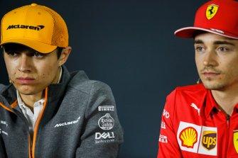 Lando Norris, McLaren et Charles Leclerc, Ferrari, en conférence de presse