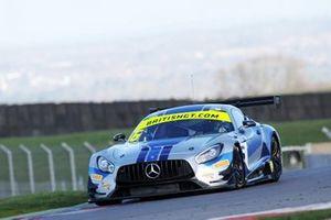 #6 RAM Racing Mercedes-AMG GT3: Ian Loggie, Callum Macleod