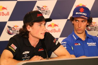 Alex Rins, Team Suzuki MotoGP, mit Joe Roberts