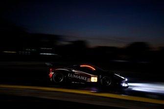 #61 Clearwater Racing Ferrari 488 GTE: Luis Perez Companc, Matteo Cressoni, Matthew Griffin