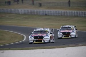 Jamie Whincup, Red Bull Holden Racing Team leads Shane van Gisbergen, Red Bull Holden Racing