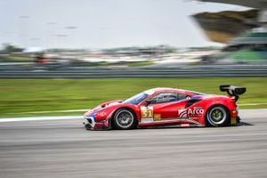 #51 Spirit of Race Ferrari 488 GT3: Alessandro Pier Guidi, Oswaldo Negri Junior, Francesco Piovanetti