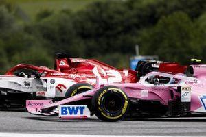Кими Райкконен, Alfa Romeo Racing C39, и Лэнс Стролл, Racing Point RP20