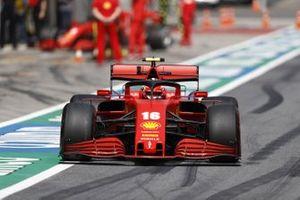 Charles Leclerc, Ferrari SF1000, sort des stands