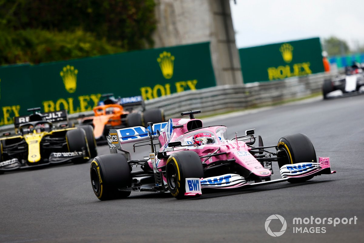 Sergio Perez, Racing Point RP20 and Daniel Ricciardo, Renault F1 Team R.S.20
