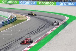 Sebastian Vettel, Ferrari SF1000, leads Daniil Kvyat, AlphaTauri AT01, and Daniel Ricciardo, Renault F1 Team R.S.20