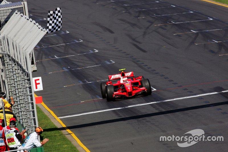 Kimi Raikkonen - 10 victorias con Ferrari