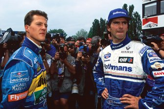 Michael Schumacher, Benetton B195 Renault, retired, with Race Winner Damon Hill, Williams FW17-Renault