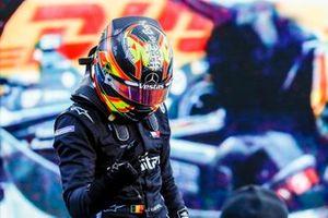 Ganador de la carrera Stoffel Vandoorne, Mercedes Benz EQ