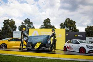 Esteban Ocon, Renault F1 and Daniel Ricciardo, Renault F1 reveal the livery for their Renault F1 Team R.S.20