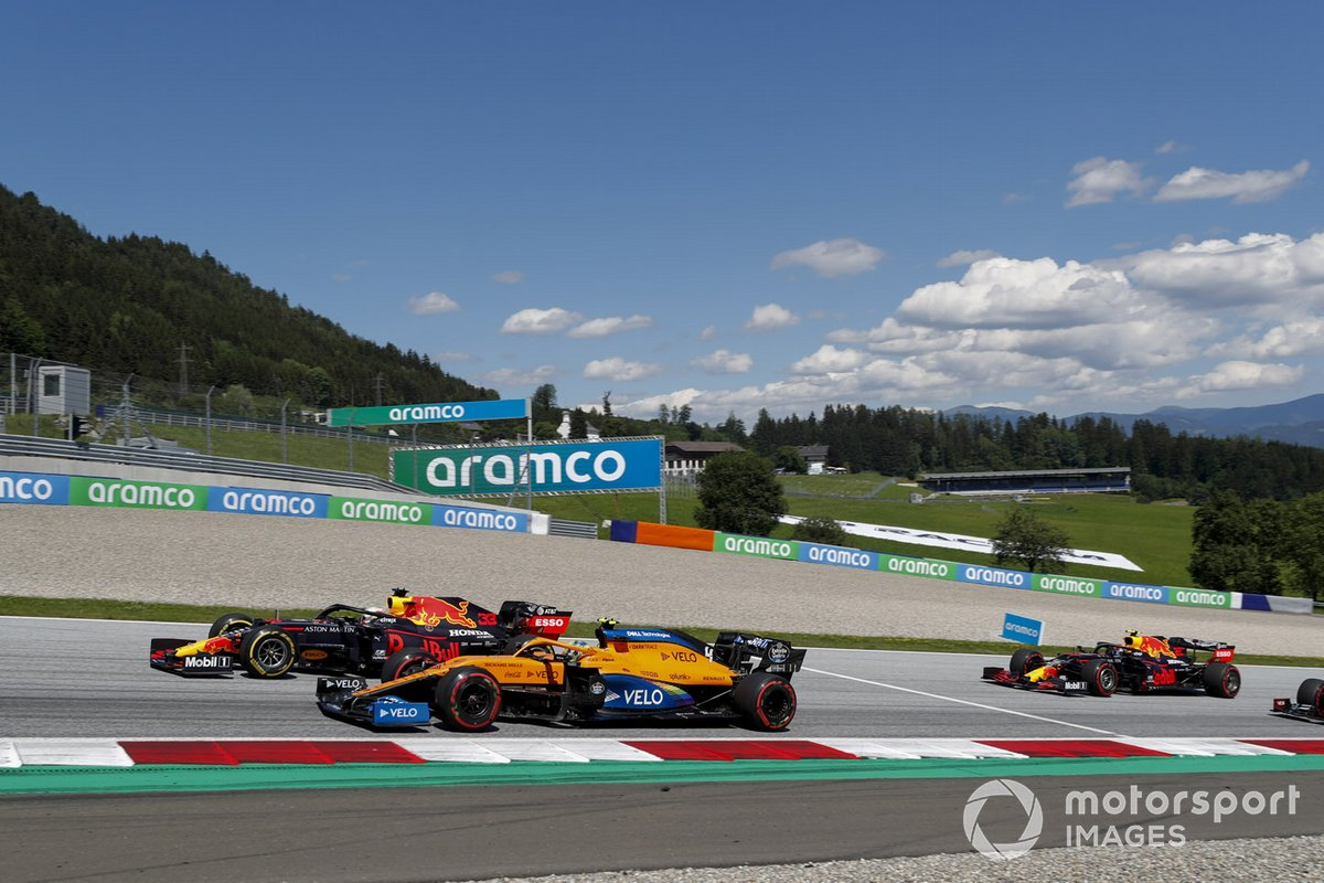 Max Verstappen, Red Bull Racing RB16, Lando Norris, McLaren MCL35, Alex Albon, Red Bull Racing RB16