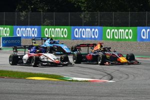 Igor Fraga, Charouz Racing System, leads Dennis Hauger, Hitech Grand Prix, Federico Malvestiti, Jenzer Motorsport