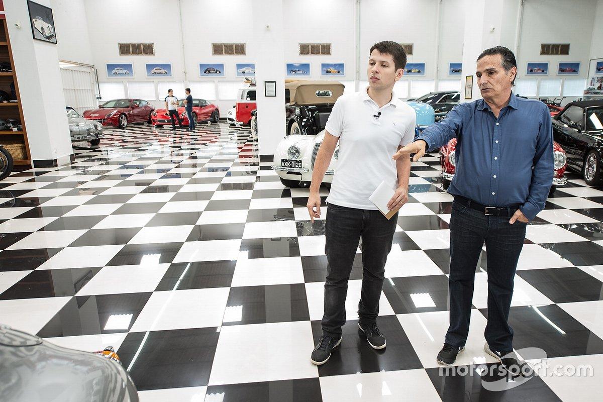 Nelsão mostra carro para Felipe Motta