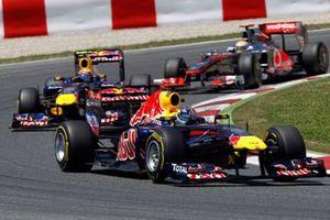 Sebastian Vettel, Red Bull Racing RB7 Renault, Mark Webber, Red Bull Racing RB7 Renault, Lewis Hamilton, McLaren MP4-26 Mercedes