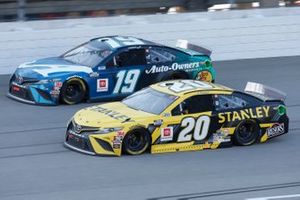 Erik Jones, Joe Gibbs Racing, Toyota Camry STANLEY Martin Truex Jr., Joe Gibbs Racing, Toyota Camry Auto-Owners Insurance