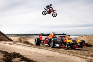 Max Verstappen, Alexander Albon, Red Bull Racing et Jeffrey Herlings