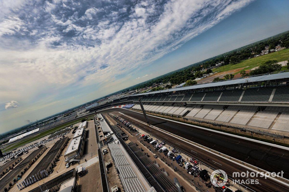 La pista vacía del Indianapolis Motor Speedway