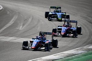 Clement Novalak, Carlin BUZZ RACING, Lirim Zendeli, Trident and Ben Barnicoat, Carlin