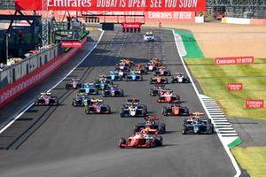 Logan Sargeant, Prema Racing, Liam Lawson, Hitech Grand Prix and Jake Hughes, HWA Racelab