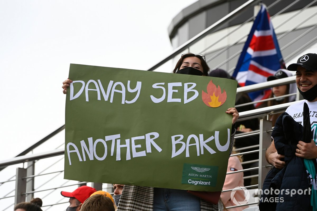 Apoyo del público a Sebastian Vettel, Aston Martin