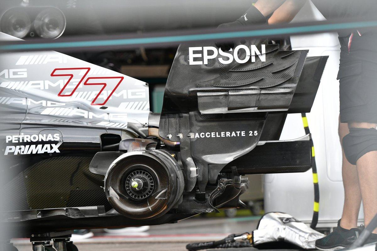 Детали задней части Mercedes F1 W12