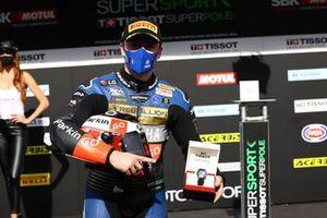 Manuel Gonzalez, Yamaha ParkinGO Team takes pole position