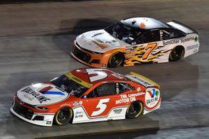 Kyle Larson, Hendrick Motorsports, Chevrolet Camaro Valvoline and Corey LaJoie, Spire Motorsports, Chevrolet Camaro Schluter Systems