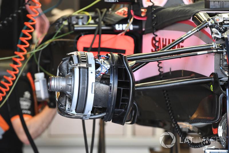 Передние тормоза Force India VJM10