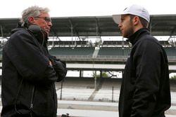 Ed Jones, Dale Coyne Racing Honda con l'ingegnere Michael Cannon