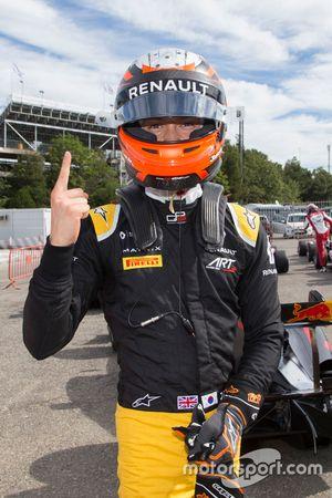 Jack Aitken, ART Grand Prix fête sa pole position