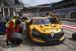 #27 GP Extreme Renault RS01 FGT3: Frederic Fatien, Stuart Hall, Nicky Pastorelli, Tiziano Carugati, Bassam Kronfli
