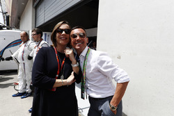 Claire Williams, Team Principal, Williams, et l'ancien jockey Frankie Dettori