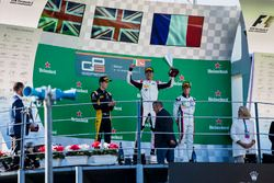 Podium: second place Jack Aitken, ART Grand Prix, Race winner George Russell, ART Grand Prix, third