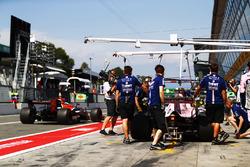Фернандо Алонсо, McLaren MCL32, Серхіо Перес, Force India