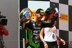 Podium: race winner Kenan Sofuoglu, Kawasaki Puccetti Racing