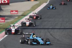 Arjun Maini, Jenzer Motorsport leading Dorian Boccolacci, Trident
