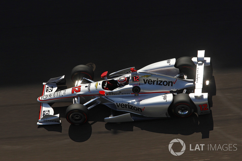 Crash: Will Power, Team Penske, Chevrolet