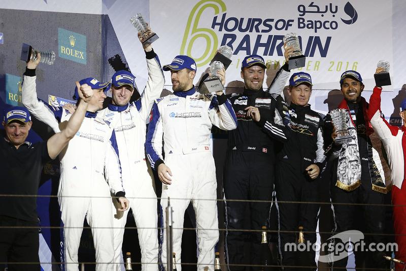 GTE-Am-Podium: 1. #88 Proton Racing, Porsche 911 RSR: Khaled Al Qubaisi, David Heinemeier Hansson, Patrick Long; 2. #78 KCMG, Porsche 911 RSR: Christian Ried, Wolf Henzler, Joël Camathias