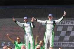 Podium WRC2 : les vainqueurs Esapekka Lappi, Janne Ferm, Skoda Fabia R5