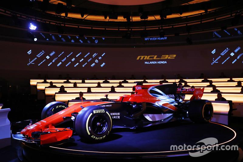 Lançamento McLaren MCL32