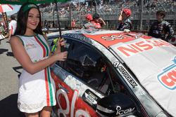 Grid kızı ve Rick Kelly, Nissan Motorsports