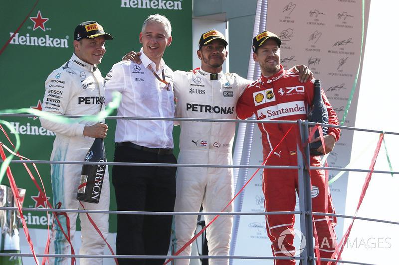 İtalya GP - Kazanan Lewis Hamilton, 2. Valtteri Bottas, 3. Sebastian Vettel