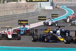 Kevin Joerg, DAMS leads Nirei Fukuzumi, ART Grand Prix, Arjun Maini, Jenzer Motorsport & Steijn Scho