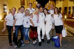 Jenson Button, McLaren Honda celebrates his last GP with friends and family