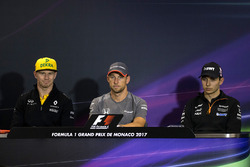 Nico Hulkenberg, Renault Sport F1 Team, Jenson Button, McLaren and Esteban Ocon, Force India in the Press Conference